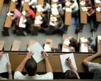 Скачать Студенты жалуются на необъективное оценивания знаний во время сессии