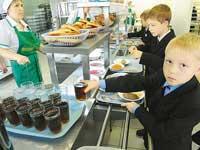 Скачать Во всех учебных заведениях Украины проверят пищеблоки