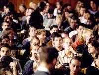 Скачать Студенты будут протестовать против платных услуг в вузах