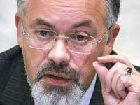 Скачать Табачник заявил, что он не переписывает учебники по истории